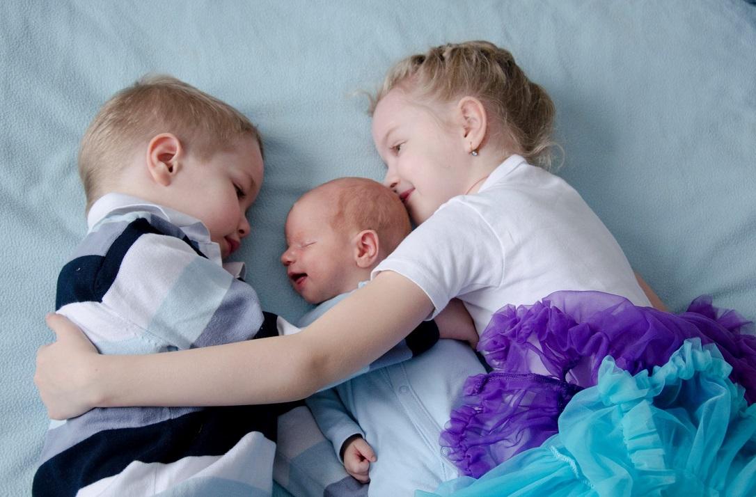 Сколько выплачивают за рождение третьего ребенка