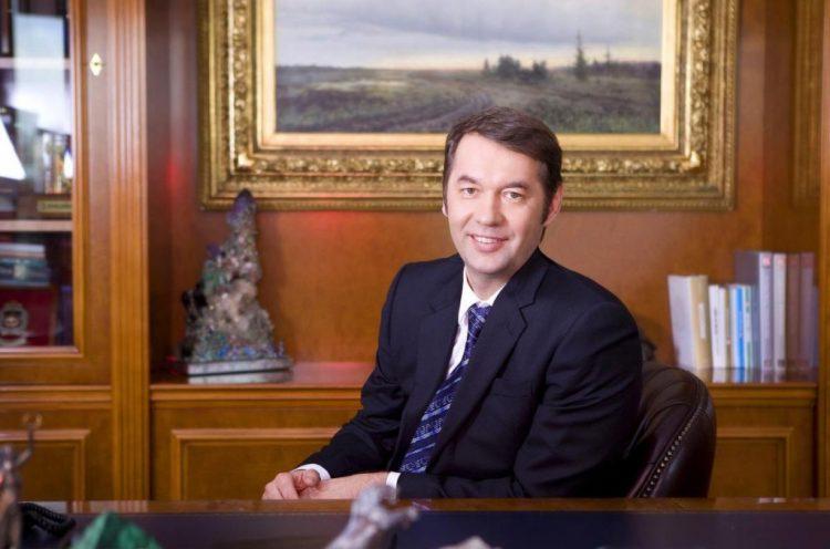 Андрей Равелевич